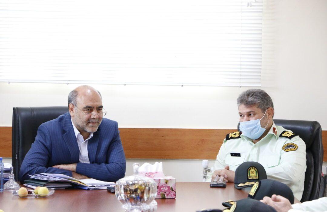 بمناسبت هفته قوه قضائیه فرماندهی انتظامی استان لرستان با رئیس کل دادگستری استان دیدار وگفت گو کرد
