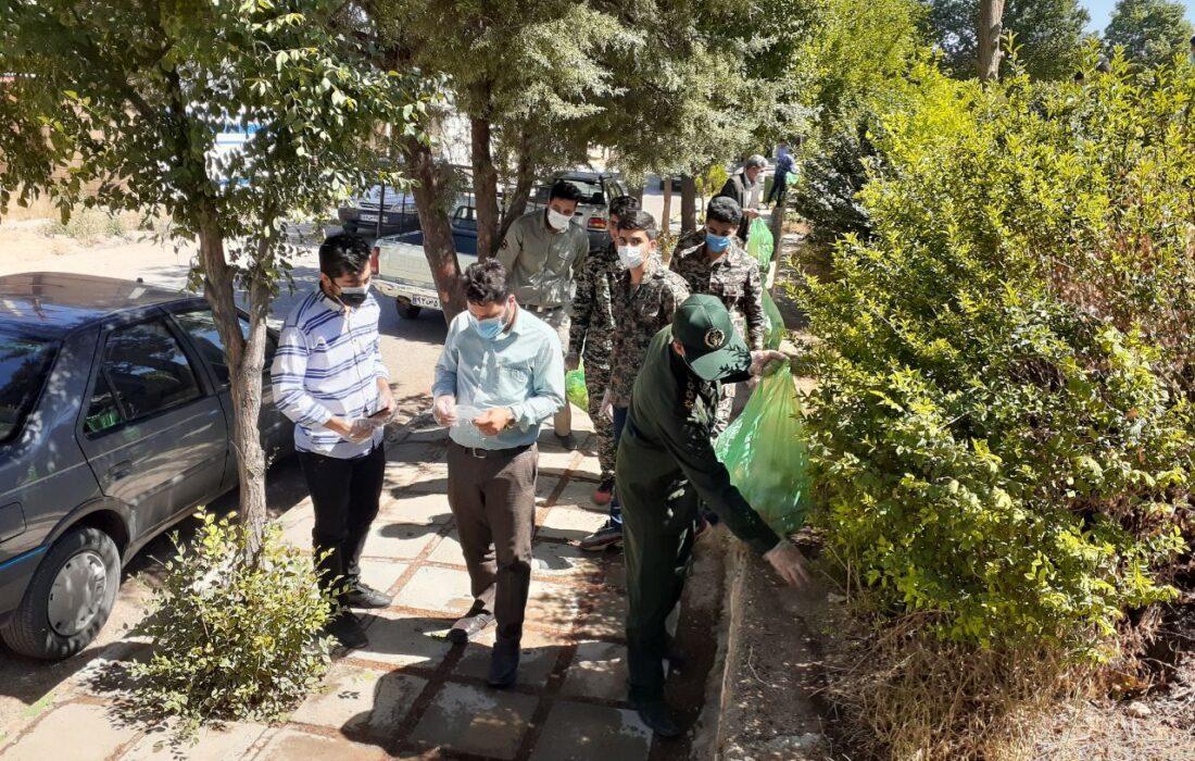 رزمایش گسترده با حضور گروههای جهادی خدمت رسان در اجرای برنامه پاکسازی مناطق تفریحی در رومشکان